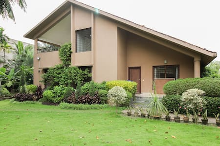 3 BD villa with garden in the heart of nature