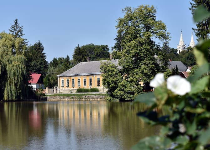 Paplak guesthouse, next to the Arboretum