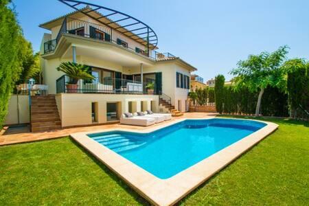 Villa de lujo en Palma de Mallorca. - Palma