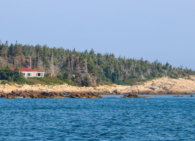 Beach Camp Matinicus (Norris Cottage)