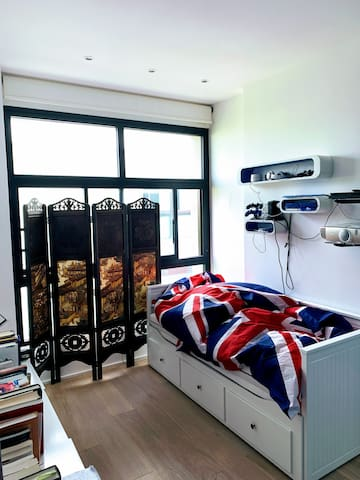 Double extended bed and fun room