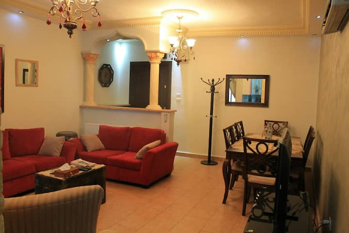 Elegant cosy 3 bedroom  private flat in West Amman