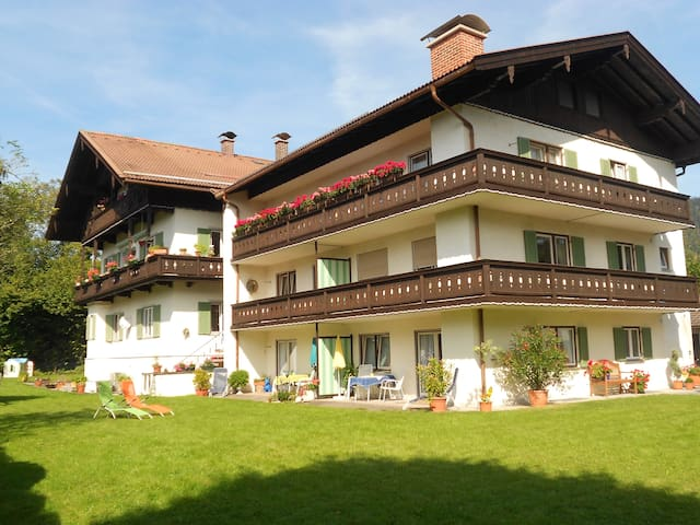 Your Residenze Apartments Maria, FeWo Leonhard - Rottach-Egern - Serviced apartment