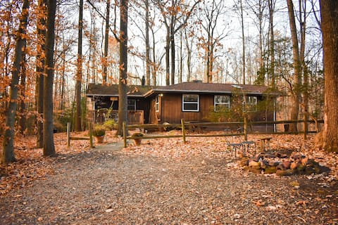 Relaxing Cabin Get Away Near Annapolis & DC