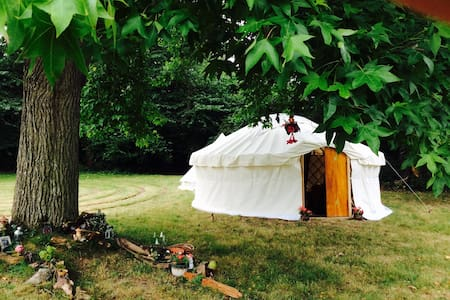 Gorgeous Luxury Yurt close to Glastonbury Festival - East Pennard - Rundzelt