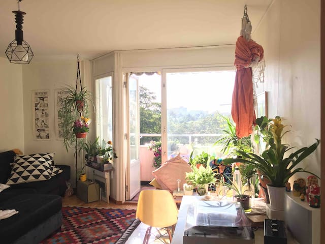 Private bedroom+bathroom! 10 min from Tcentralen!