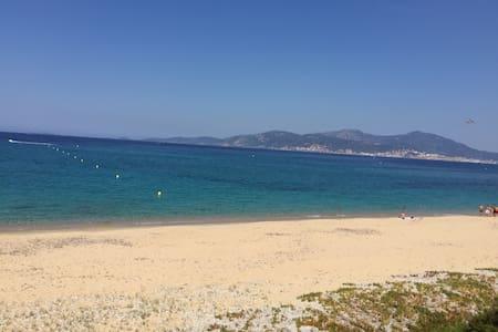 Maisonette duplex 200m à Pied de la plage en Corse - Albitreccia