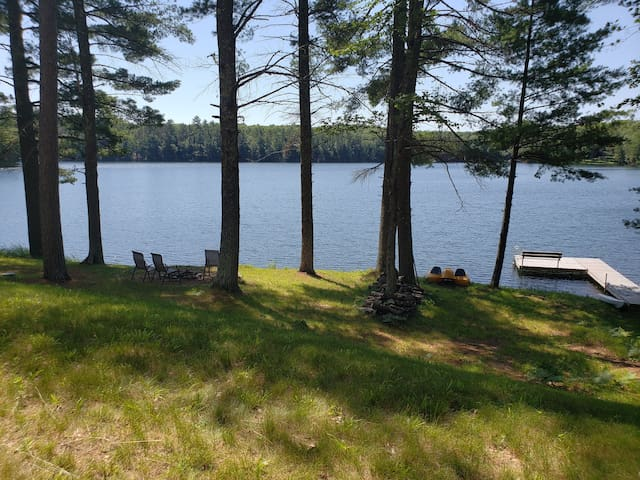 Home on very quiet, clear non-motorized lake!