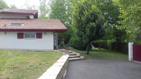 Flat for rent joined on to a typical Basque house