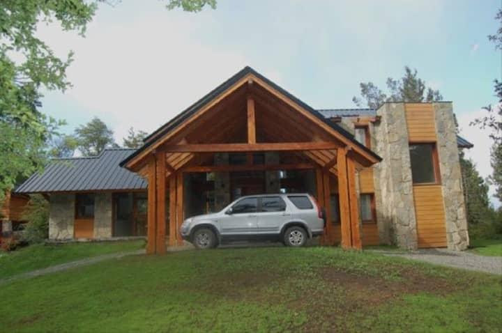 Excelente Casa en Villa La Angostura