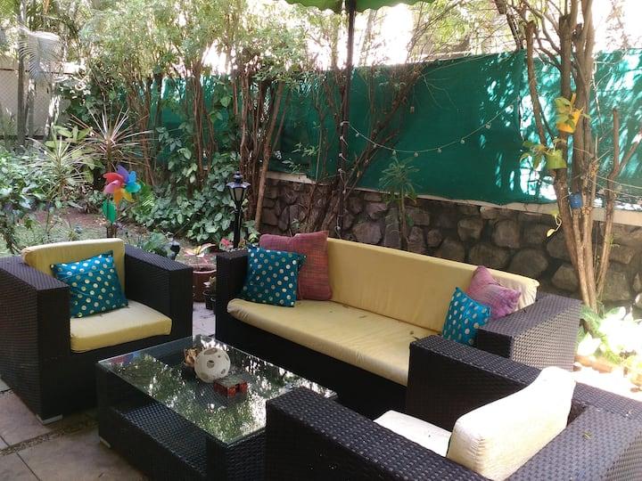 Green Garden Room