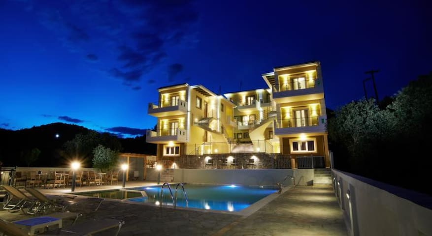 Luxury Residence with Sea View - Preveza - Hus