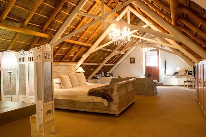 Executive Suite @ Jan Harmsgat Country House