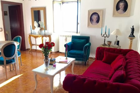 14th Century Monastery Converted to Modern Home - Giuliano di Roma - Casa