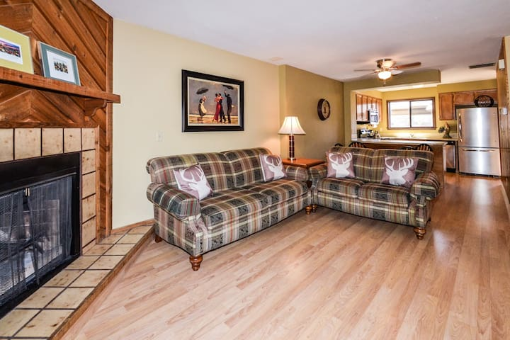 2 Bedroom Townhome near Boise River and Downtown