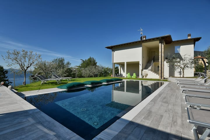 Verdeulivo Relax Home-FrantoioTrilocale vista lago