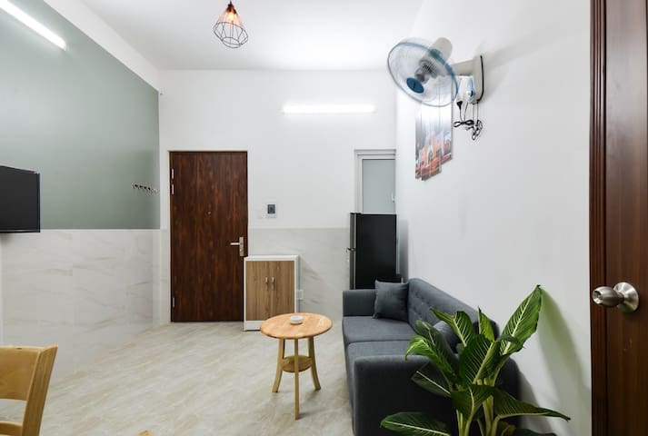 Mini Airy Apartment-Sghousing. 1Bdr+1Kitchen.