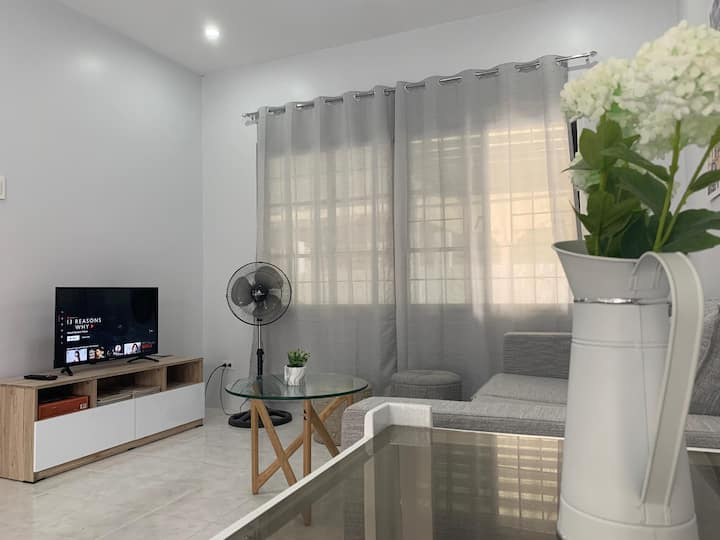 Cozy House 8pax &up in Sasa near Airport,Samal