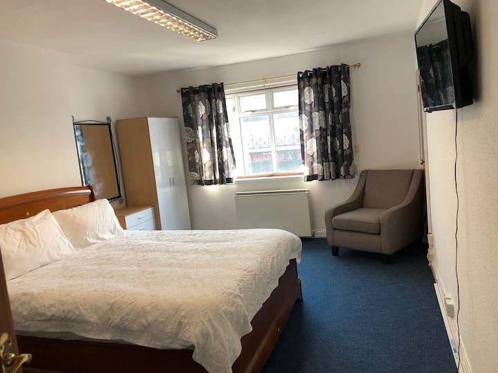 Tilbury Town Apartment