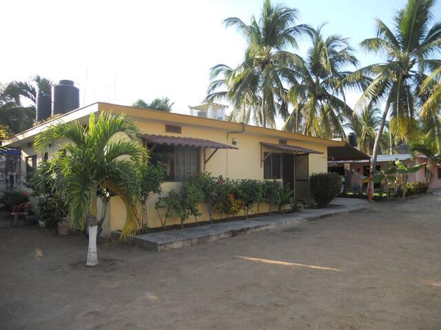 Casa en la Playa! Melaque, Jalisco - San Patricio - House