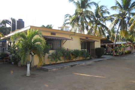 Casa en la Playa! Melaque, Jalisco - San Patricio