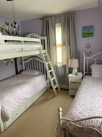 Upstairs bedroom bunks and twin