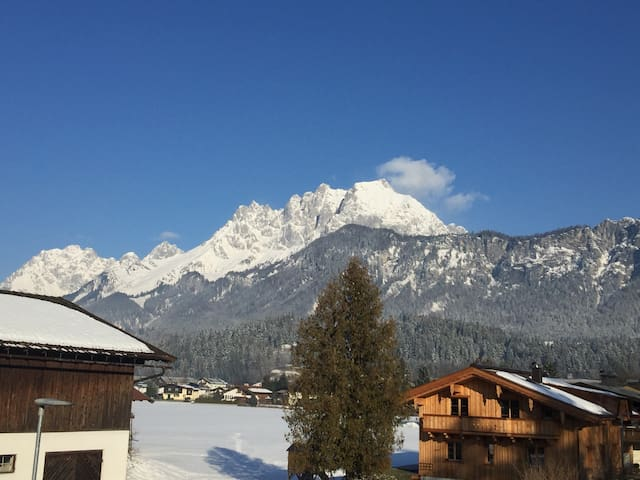 Luxury and sunny apartment with a spectacular view - Sankt Johann in Tirol - Byt