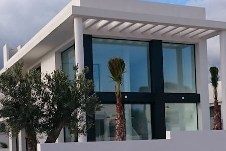 Luxuous villa for up to 8 adults with private pool - San Fulgencio - Haus
