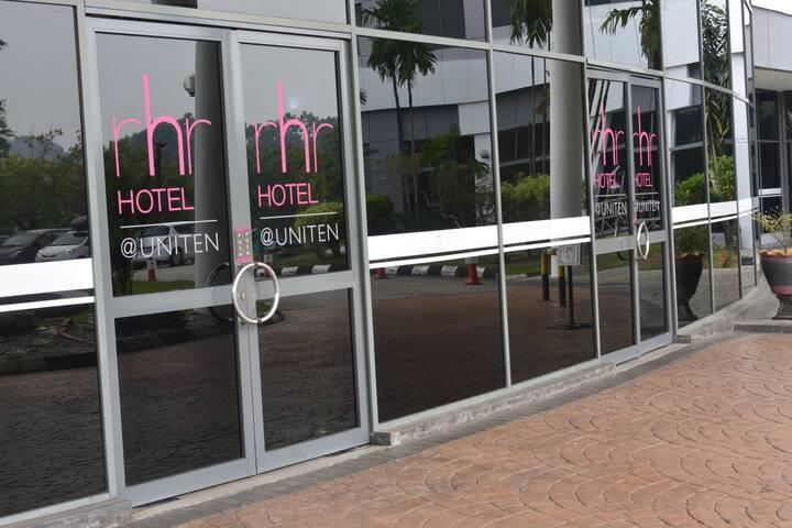 Superior Twin @ RHR Hotel Uniten - MY - Bed & Breakfast