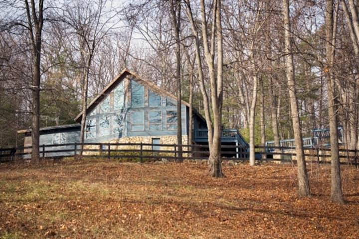 Scenic Old Rag Lodge, Spirit Dancer, Sleeps 12