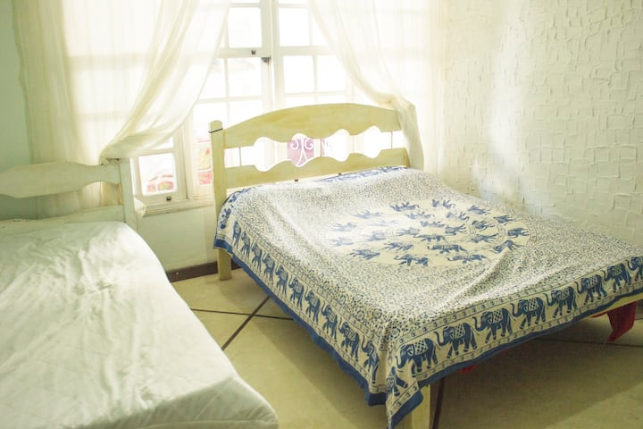 quarto triplo - hostel itacoatiara