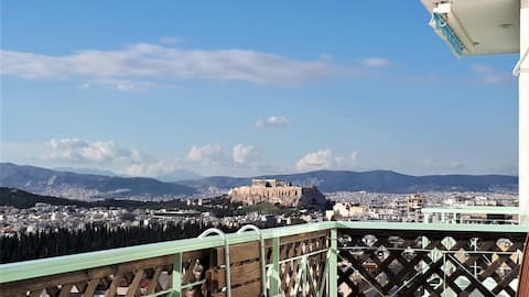 BirdsEye View, Acropolis from above, Top 7th floor