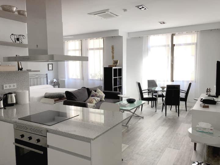 Beautiful designed studio in the heart of Madrid