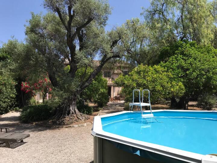 Beautiful Gardened four bedroom villa Antibes