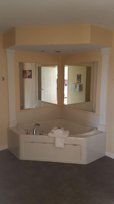 Jacuzzi Tub in Master Suite.
