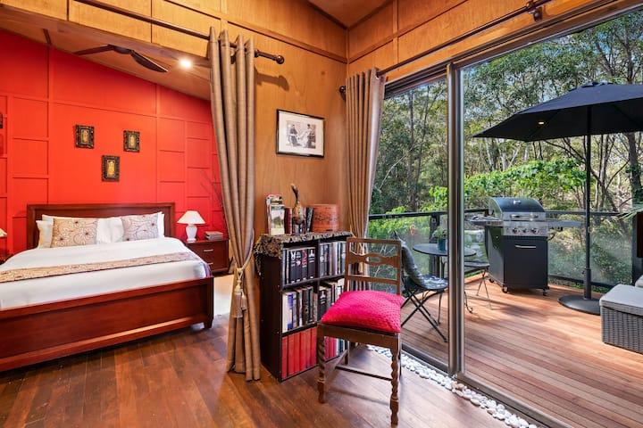 Noosa Hinterland Retreat- Orchid One Bedroom Villa