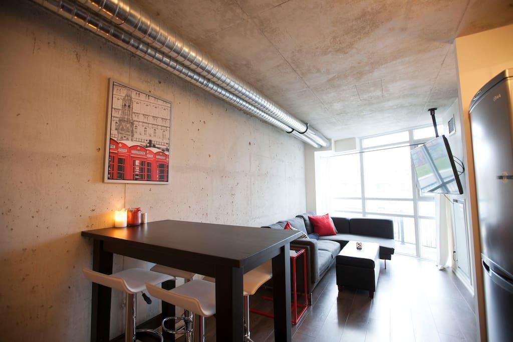1 Bedroom Cozy Unique Modern Loft Queen West Apartments For Rent In To