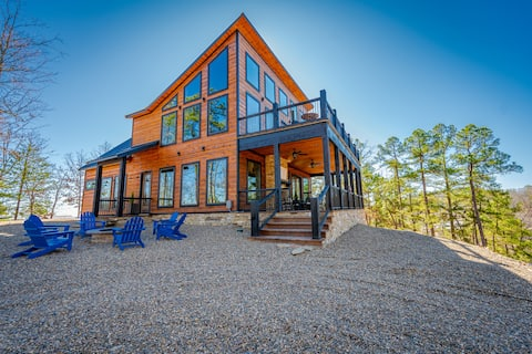 BRAND NEW Mountain Top Luxury Cabin Sleeps 16!