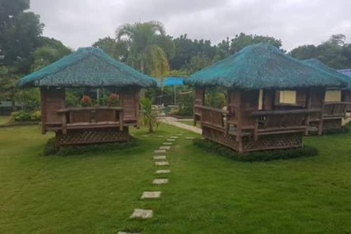 Room 1 (Casa Reyes Resort & Events Place)