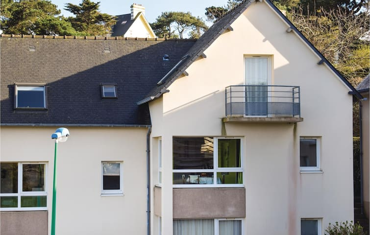 Holiday apartment with 1 bedroom on 33m² in Trevou Treguignec