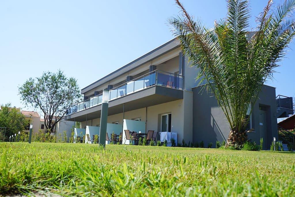 Finikas Garden Beach Resort Nikiti