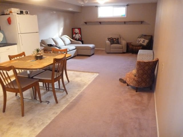 One bedroom private suite with full kitchen + bath
