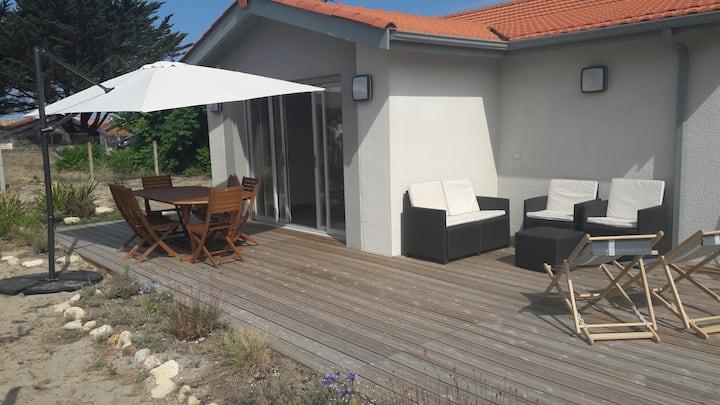Belle villa rénovée à 150 m de la plage