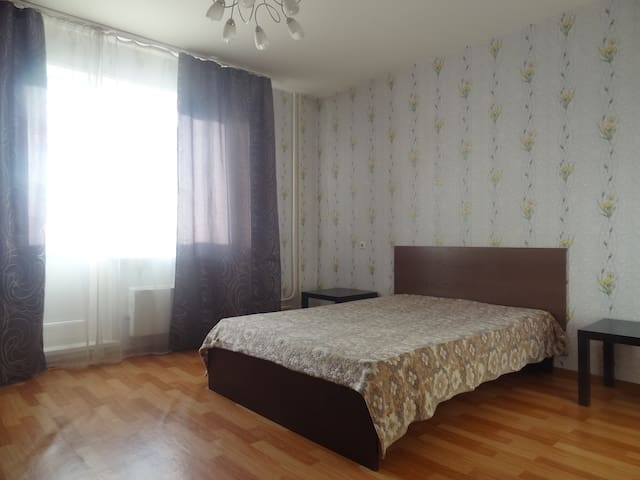 Квартира в районе ТРЦ Планета - Krasnoyarsk - Apartemen