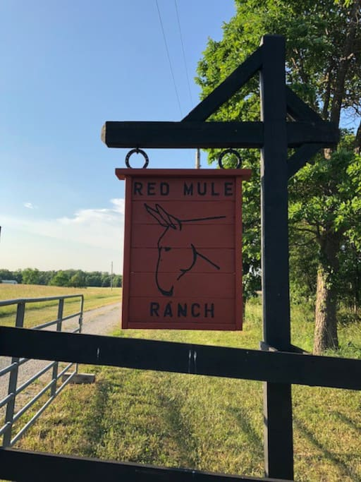 Red Mule Ranch Entrance. Watch for deer!!!