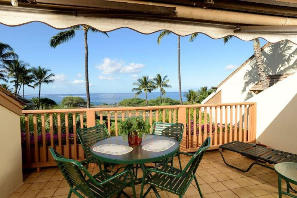 Lanai with awning extended
