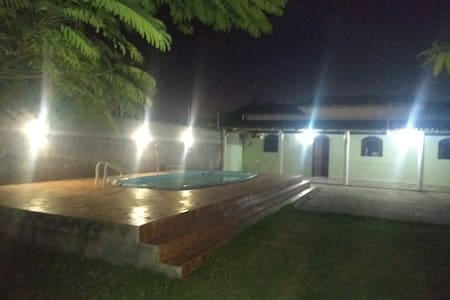 Casa com piscina no point do Pontal Do Ipiranga