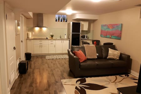 Charming suite all included for 2 - Mississauga
