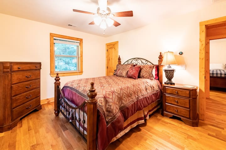 3rd Floor Front Bedroom