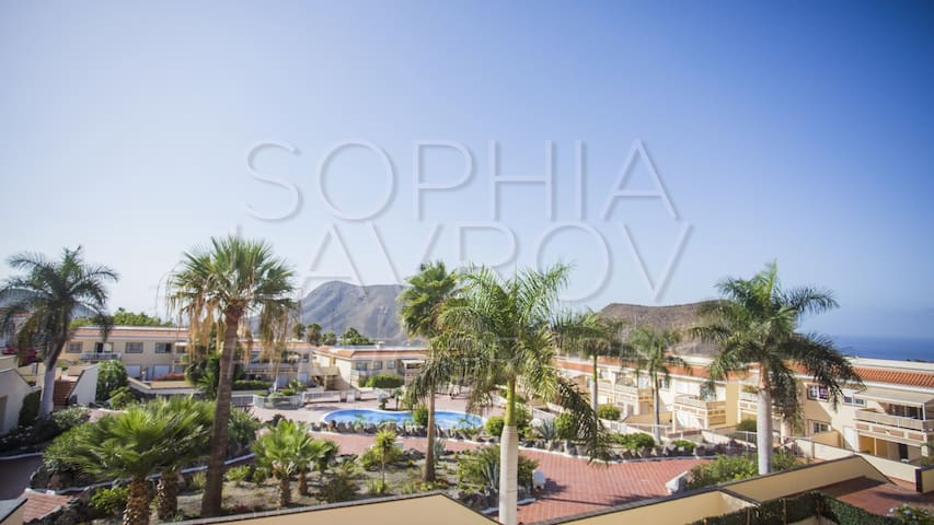 Apartament with sea view at Chayofa